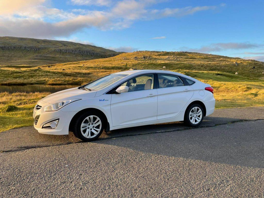 Hyundai i40 (2)
